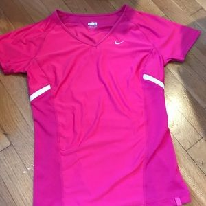 Nike Women's short sleeve shirt